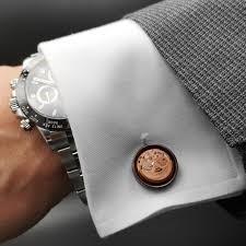 دکمه سرآستین یکی از اکسسوری های محبوب آقایان