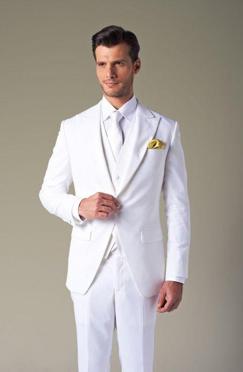 کت شلوار سفید متناسب اندام